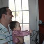Apa, én is én is énekelni akarok!