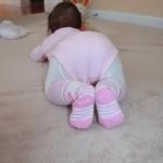 Aztán tornagyakorlatok következnek a padlón.